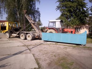 Korsta prevoz traktora